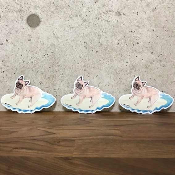 Bull.Tokyo オリジナル ステッカー サーフィン犬(フォーン)