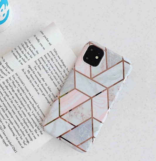 iPhone11【お取り寄せ商品、送料無料】幾何学模様 iPhoneケース