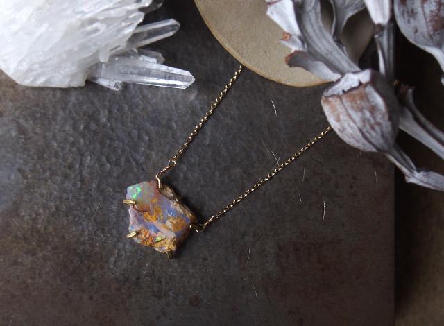 [一点物]原石のボルダーオパールのネックレス