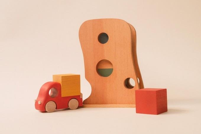 男の子も女の子も夢中に! 繰り返し遊びの決定版「Tuminy」|おもちゃのこまーむ