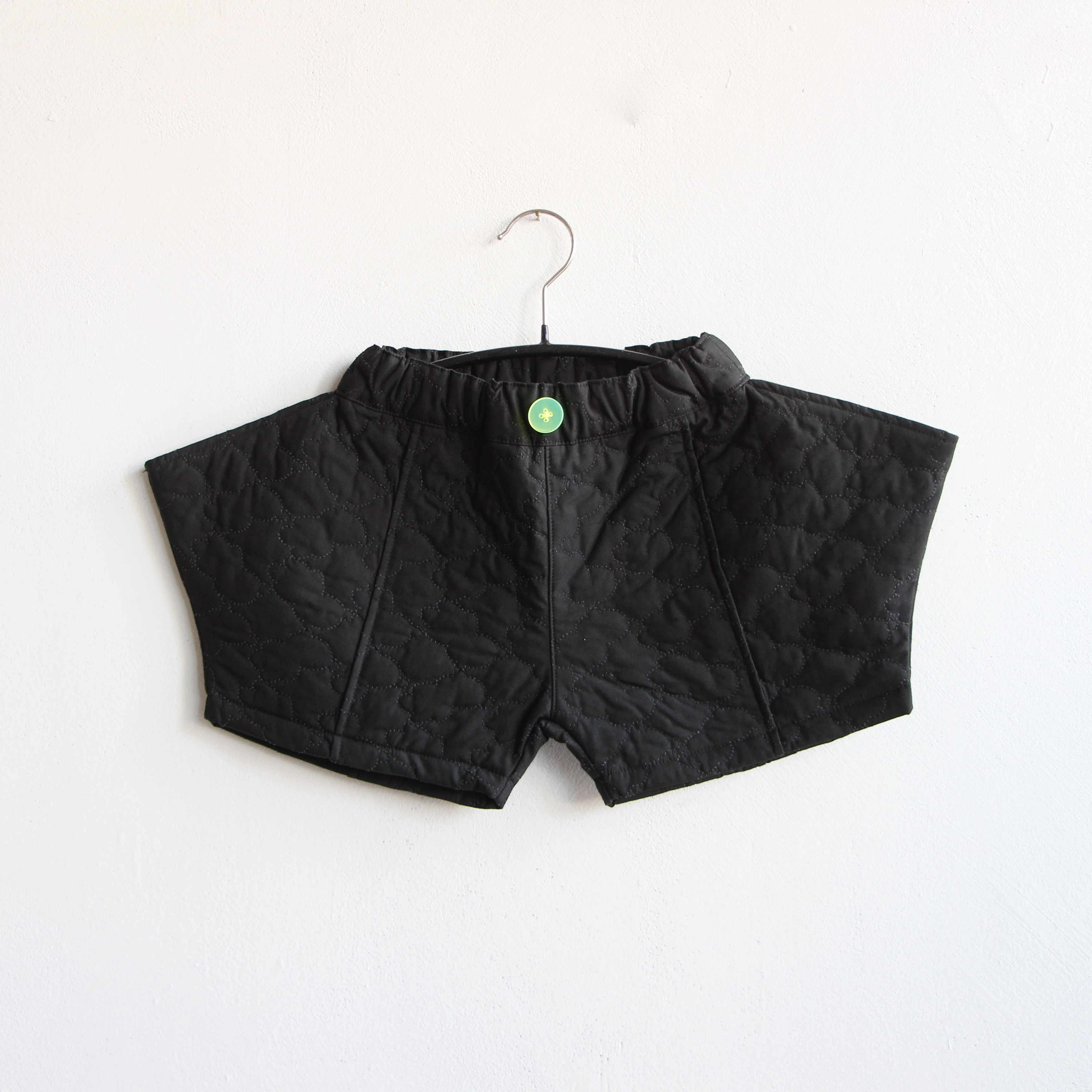 《frankygrow 2020AW》BEAR QUILTING RHOMBOS SHORT PANTS / black / S・M・L