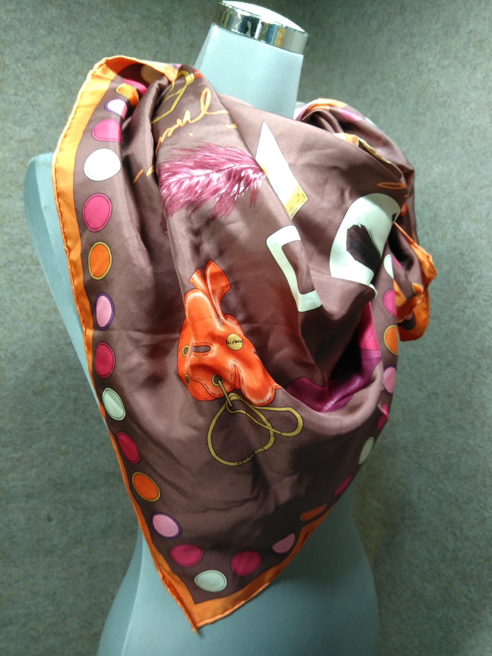 ジバンシィ GIVENCHY スカーフ メイク小物柄 絹 シルク mu907e