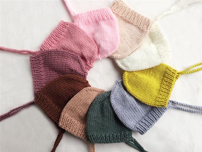 シンプルなニューボーンニット帽子