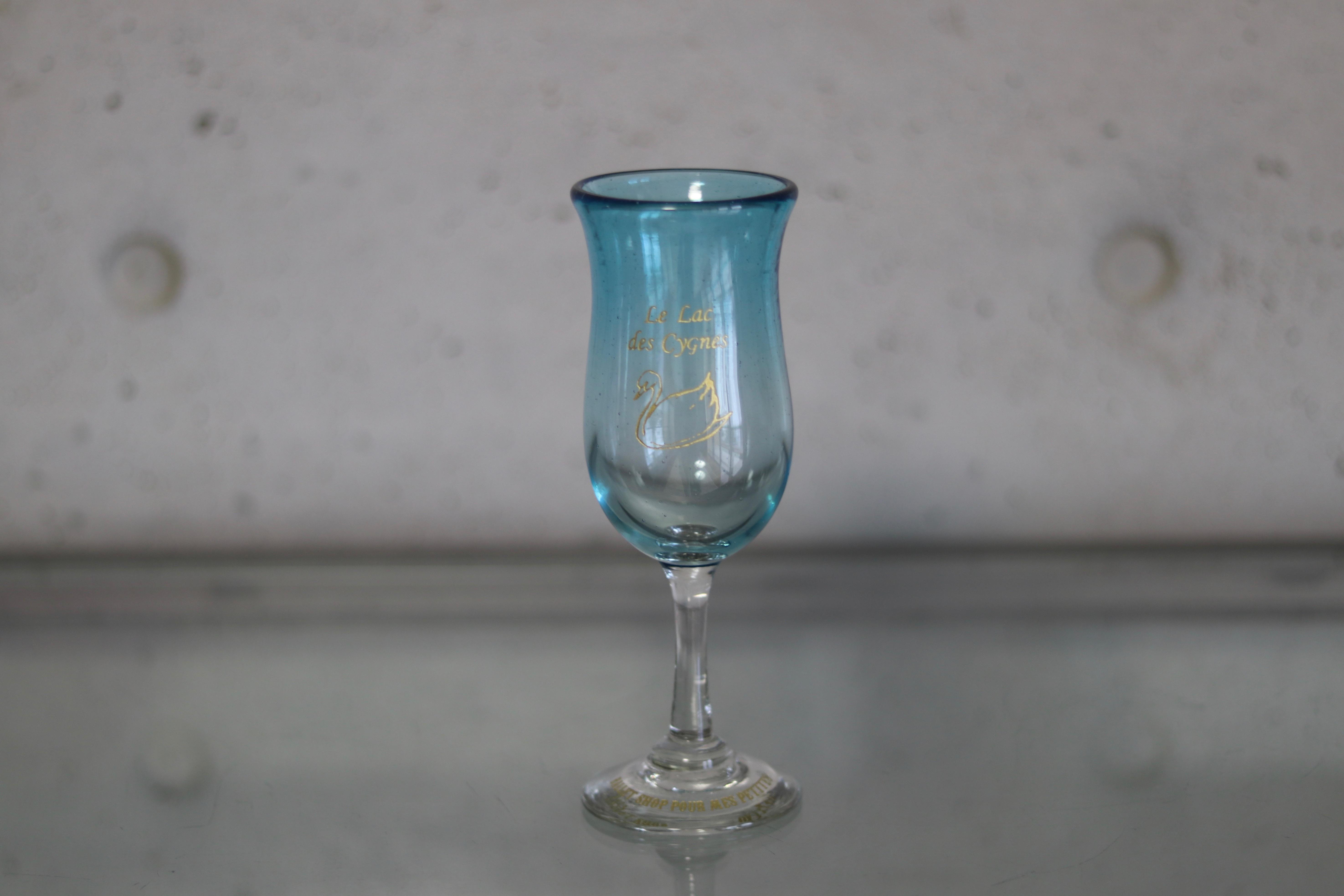 オリジナル琉球ガラス:ワイングラス スワン①