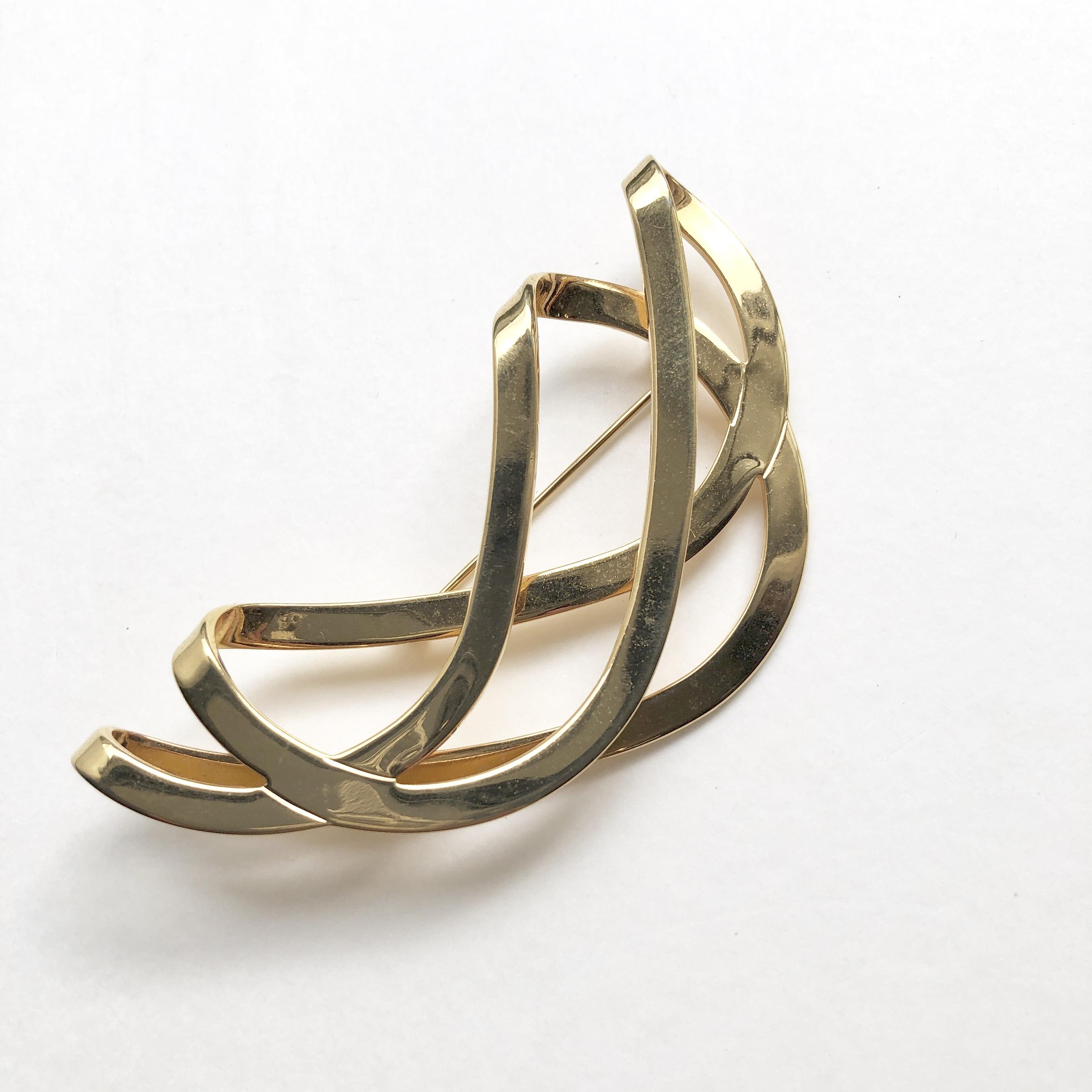 Folding curve brooch No.606B* c
