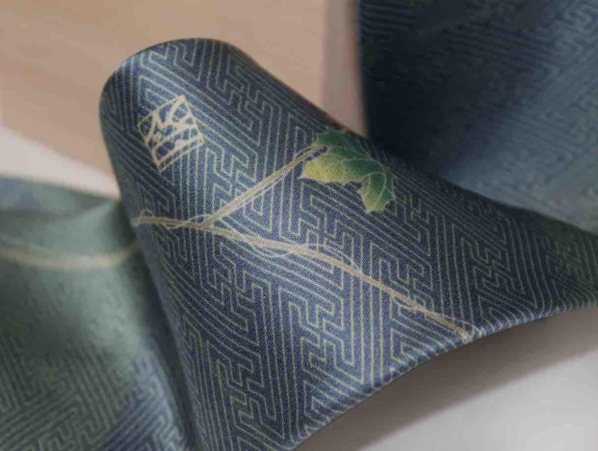 和柄ネクタイ「ぶどう」
