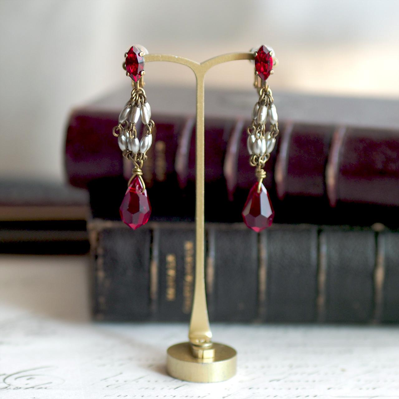 カーテンコール / イヤリング(GlassPearl&Red)