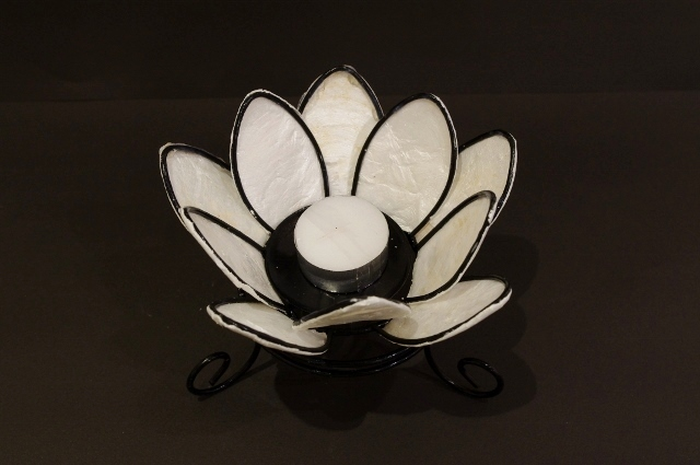 キャンドルホルダー(ロウソク置き) ハスの花 White