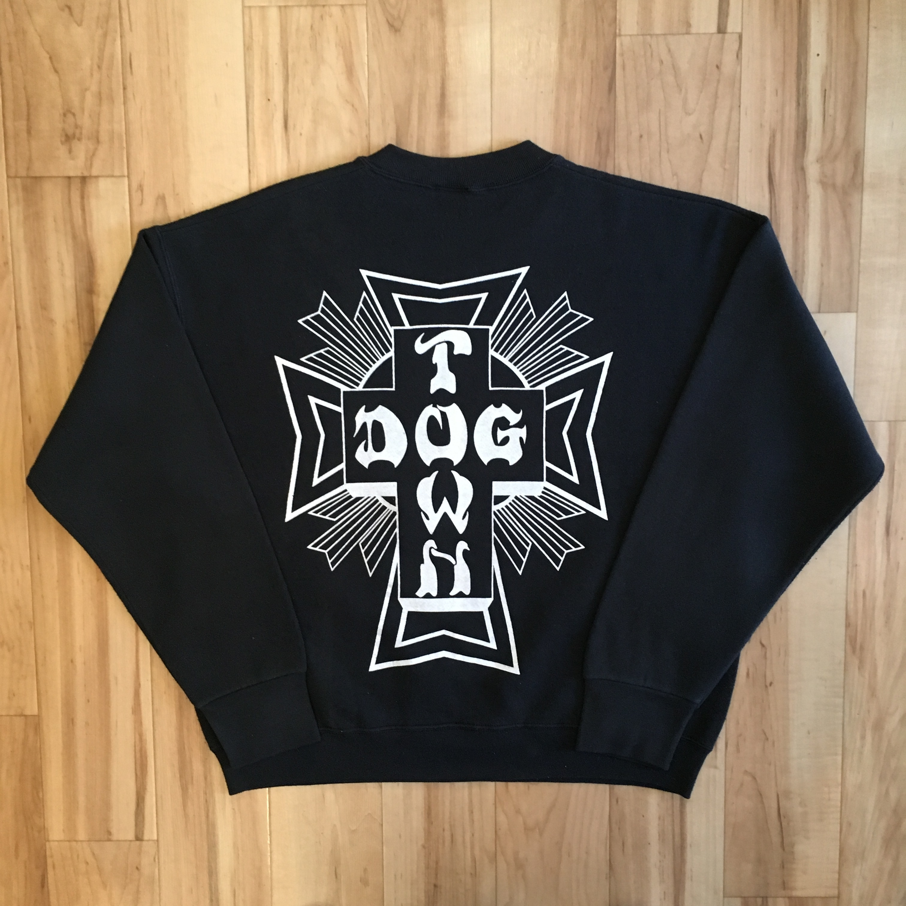 "DOGTOWN ""CROSS LOGO"" Sweat Long Sleeve"