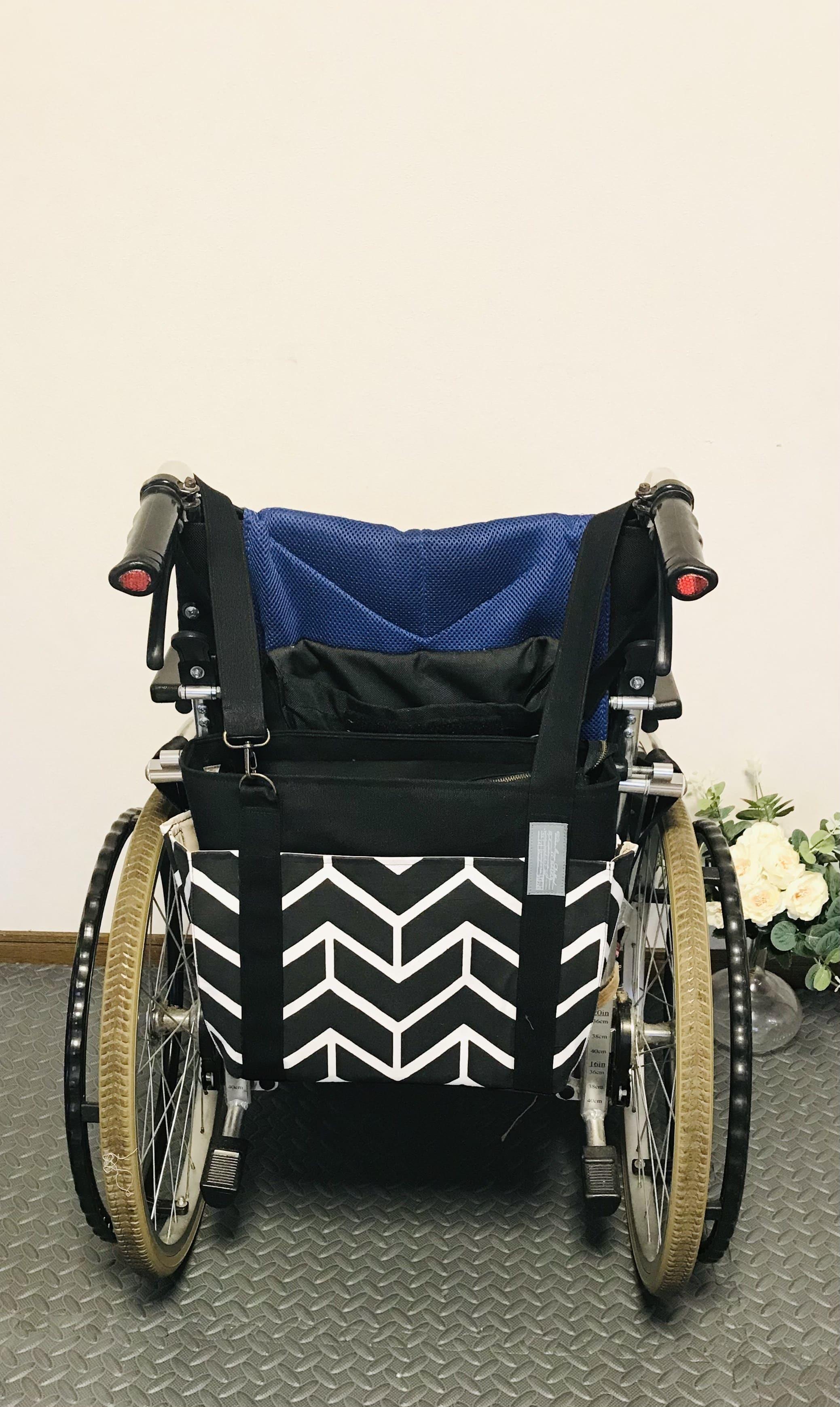 【車椅子対応】スペイン製シェブロン柄×8号キャンバスの4つポケットトート