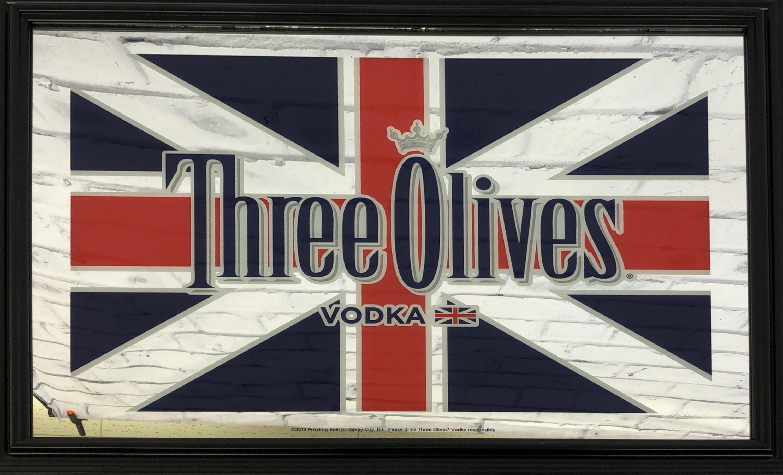 品番0252 パブミラー 『three Olives vodka(スリーオリーヴズ  ウォッカ)』 壁掛 20インチワイド アート ディスプレイ アメリカン雑貨