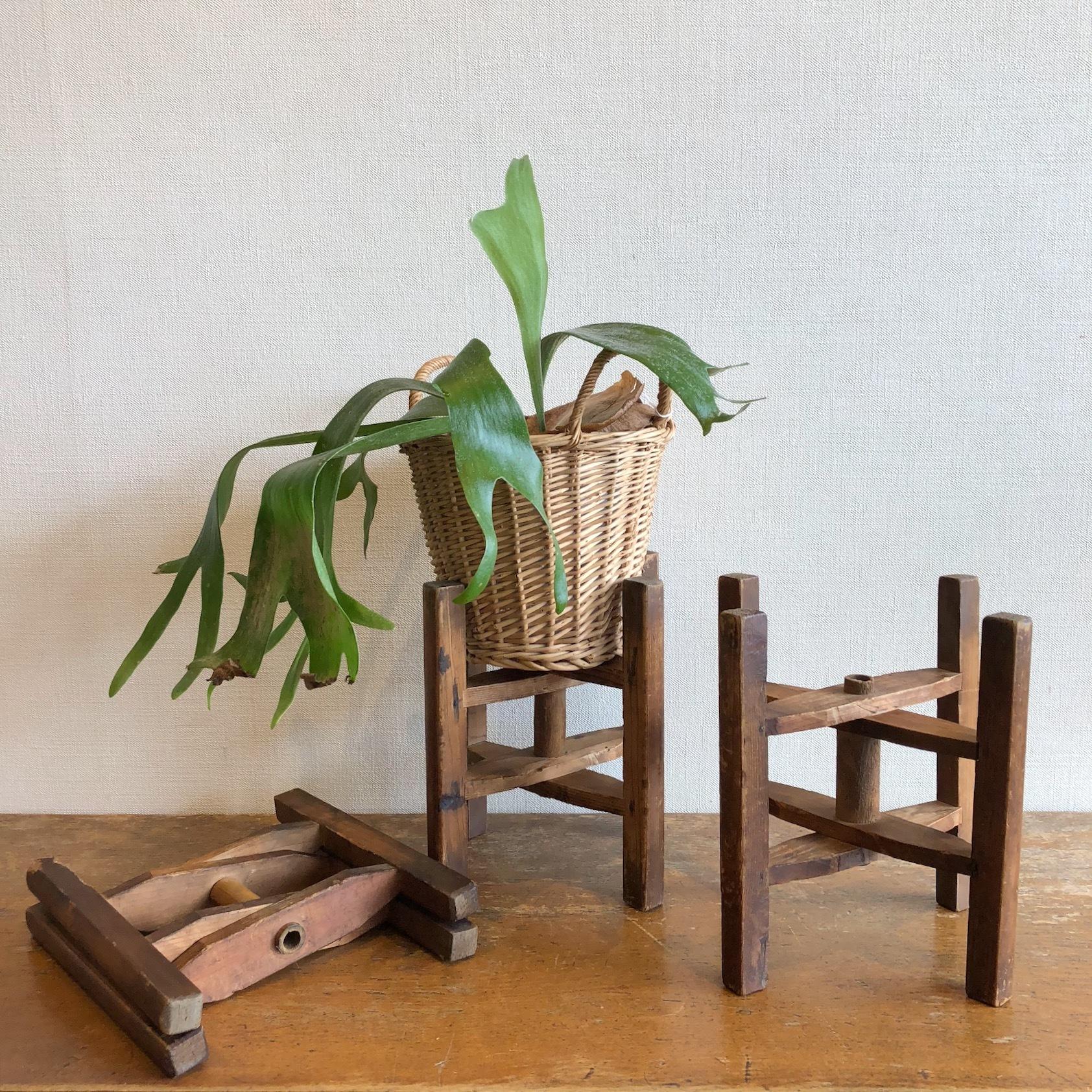古い折り畳み式糸巻き