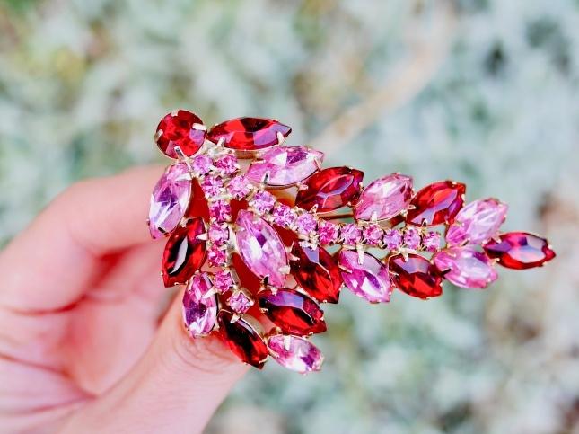 vintage brooch アメリカ JULIANA ピンクグラスの植物 ヴィンテージブローチ