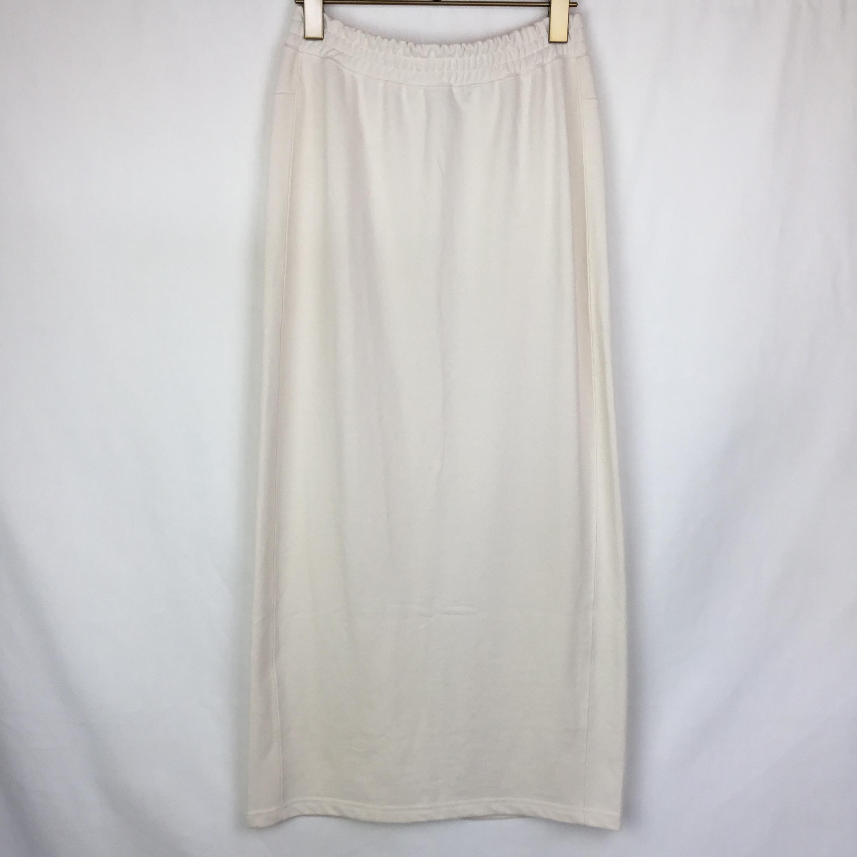 ホワイトスエットスカート