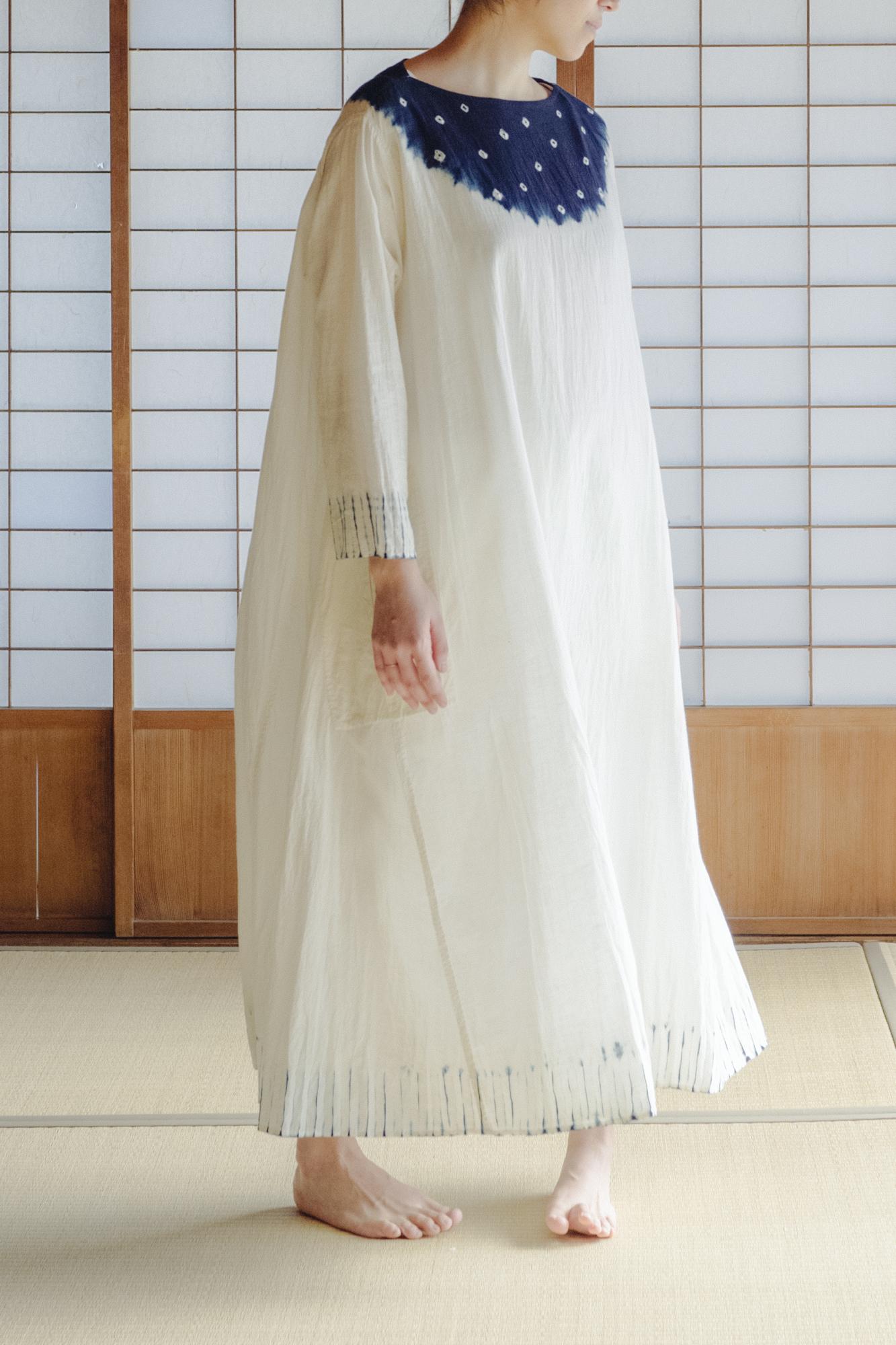YAECA khadi |フレアドレス むきみ絞り