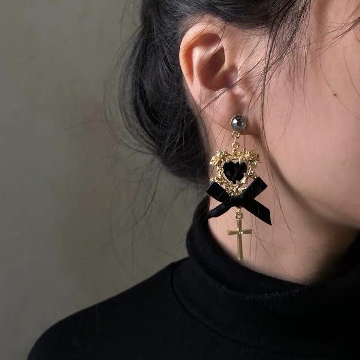 cross ribbon antique earrings