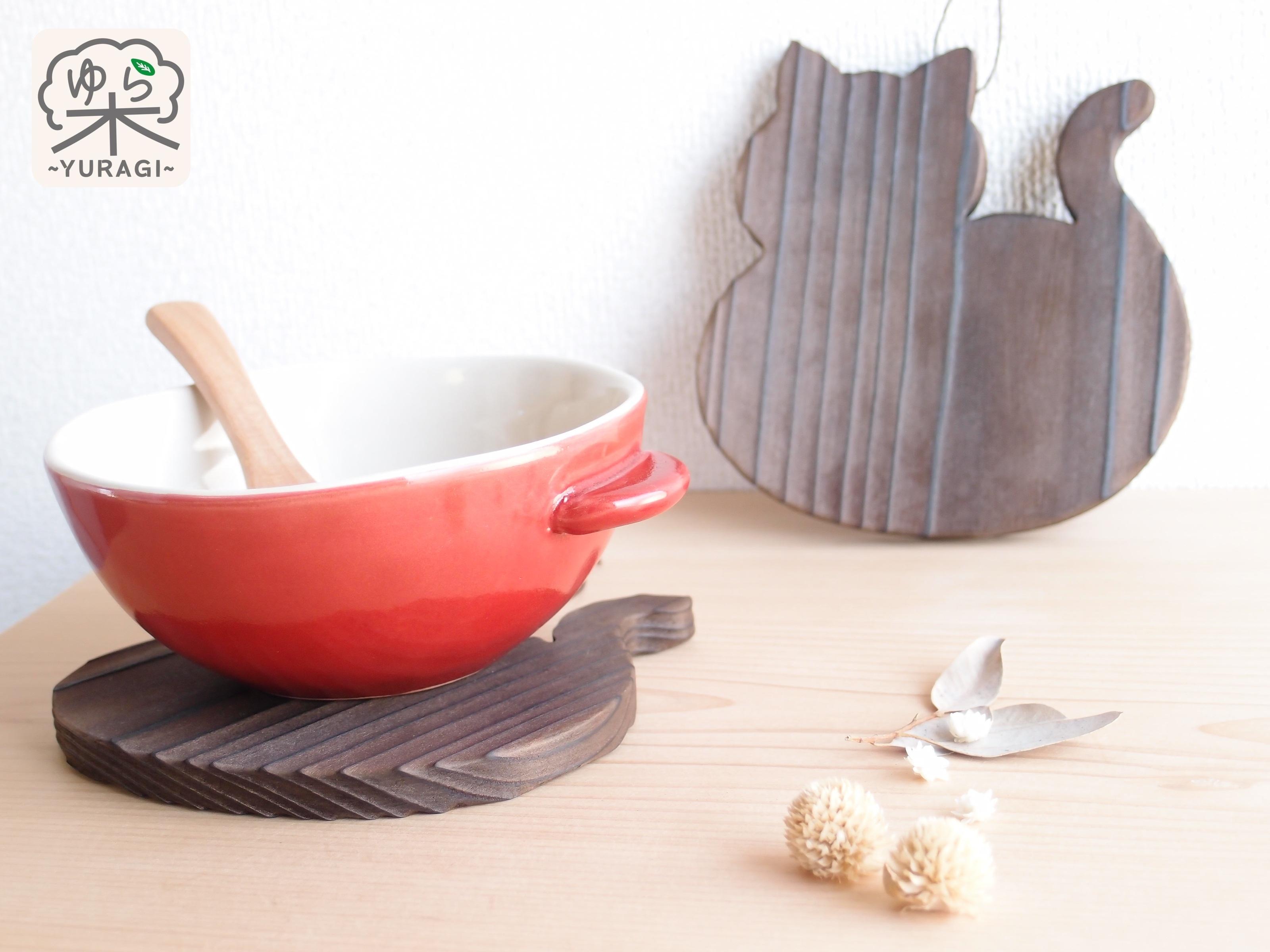 【テーブルの愛猫】まんまるネコ鍋敷き Sサイズ【智頭杉】