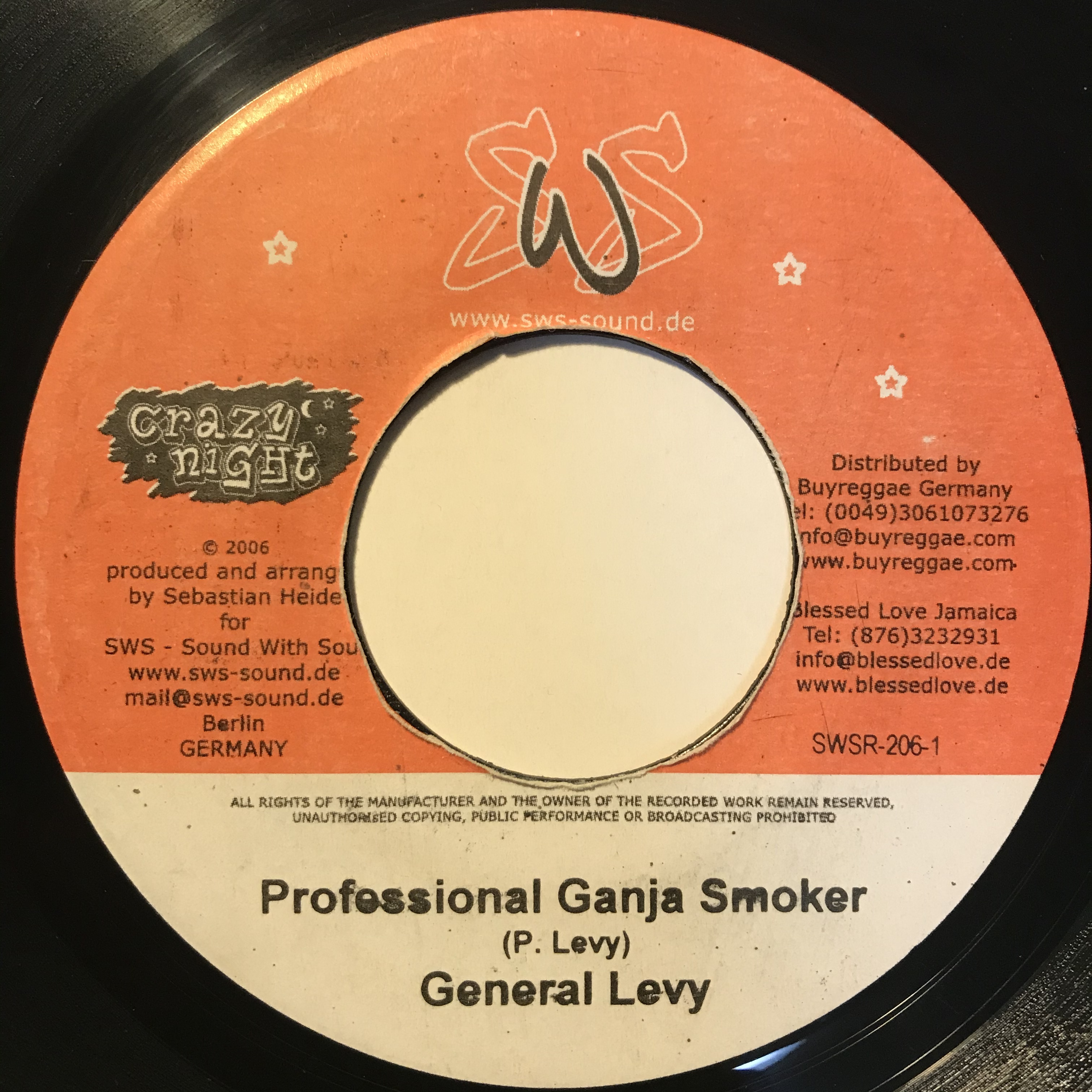 General Levy - Professional Ganja Smoker【7-10851】