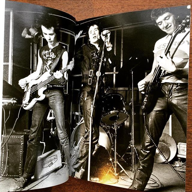 写真集「Made in the UK: The Music of Attitude 1977-1983」 - 画像2