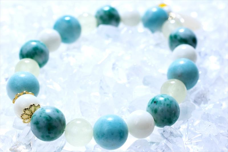 jade (ヒスイ) green stone【パワーストーンブレスレット 】 - 画像1