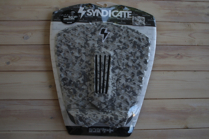 2017年モデル SYNDICATE シンジケート    サーフィン デッキパッド