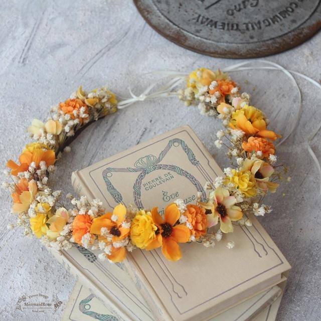【花冠】かすみ草とコスモスとマムの野花の花冠*細サテンリボン