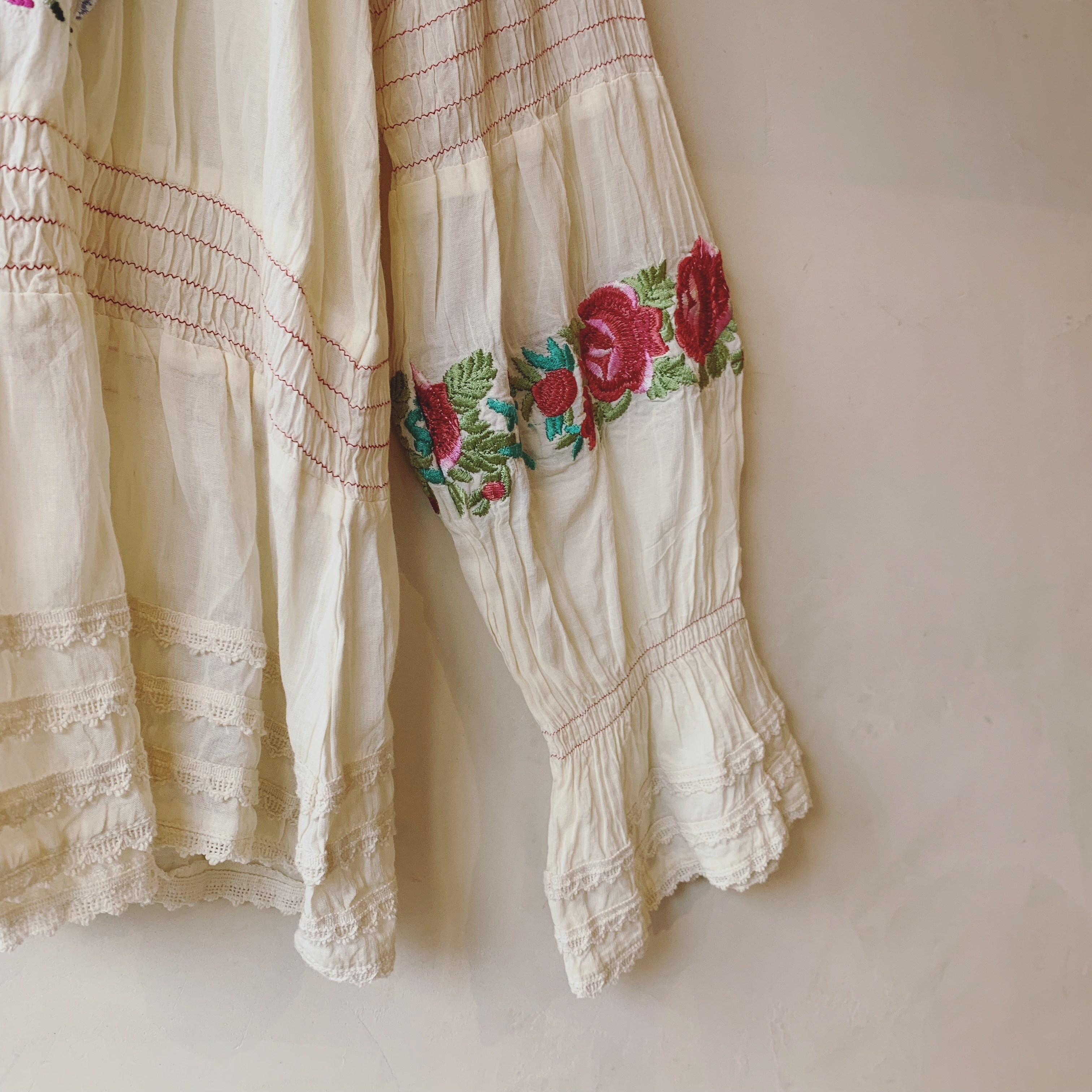vintage embroidery design tops