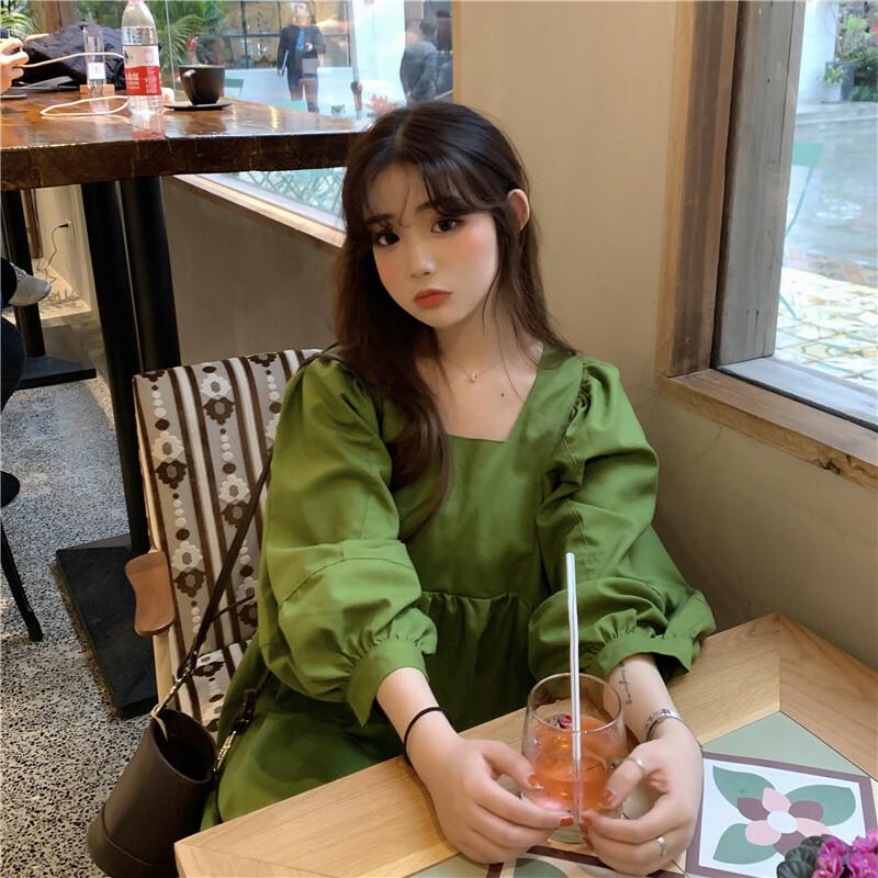 【送料無料】 秋色なグリーンが可愛い ♡ レトロ スクエアネック ボリューム袖 ギャザー Aライン ミニ ワンピース