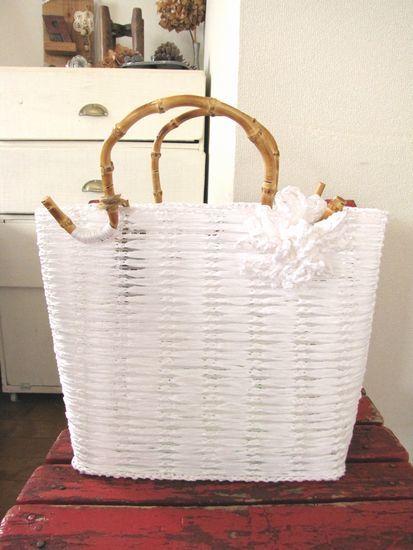 手編みのかごバッグ*ホワイト・レーヨン糸/sakura