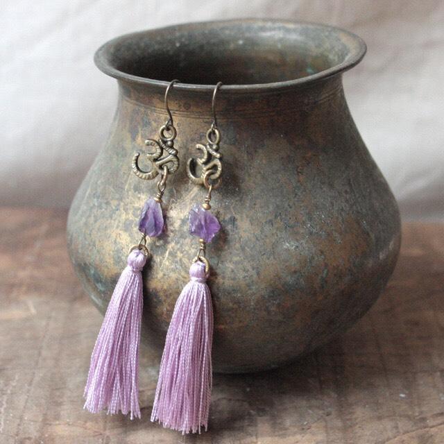 ピアス -raw amethyst × lilac-