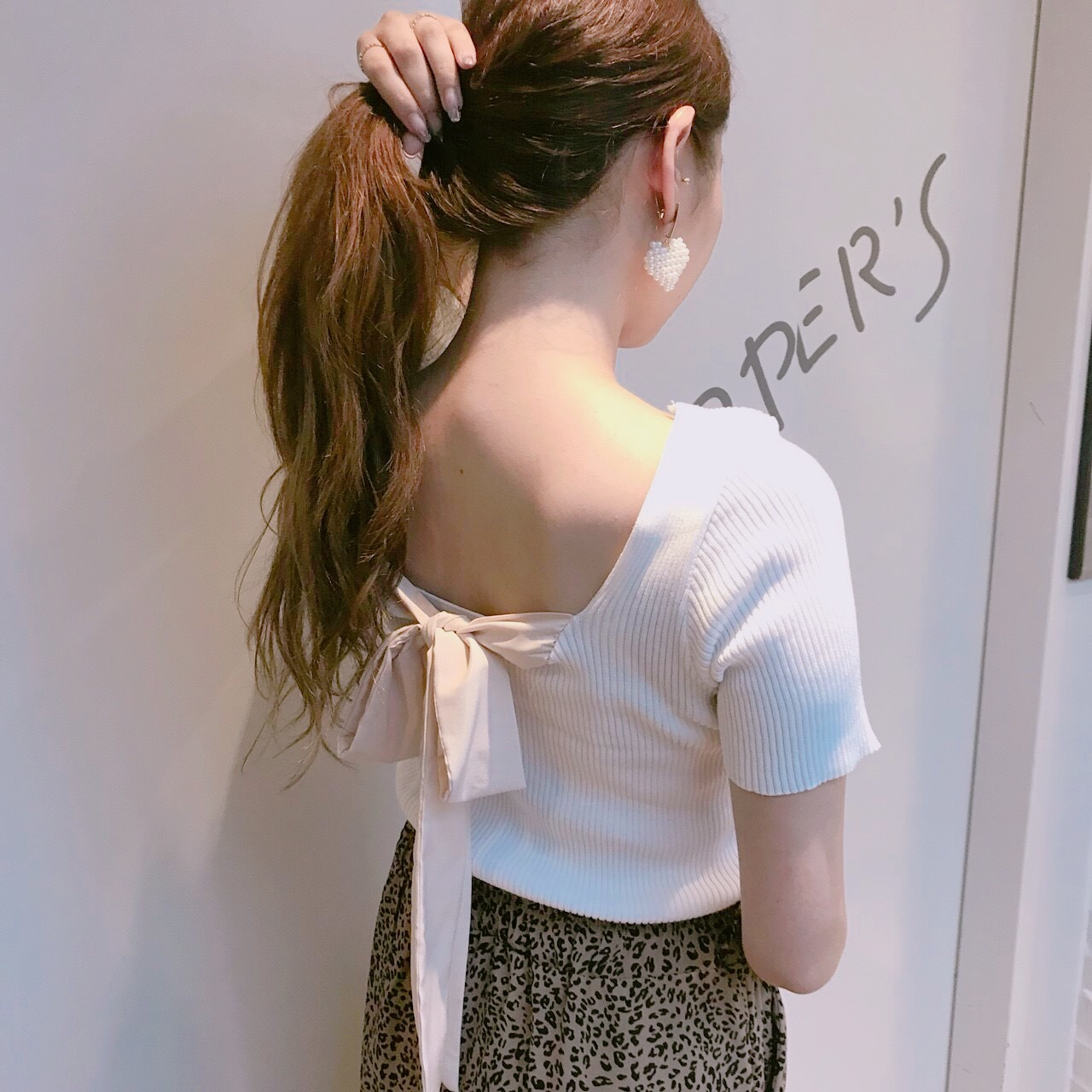 ♡back ribbon tops