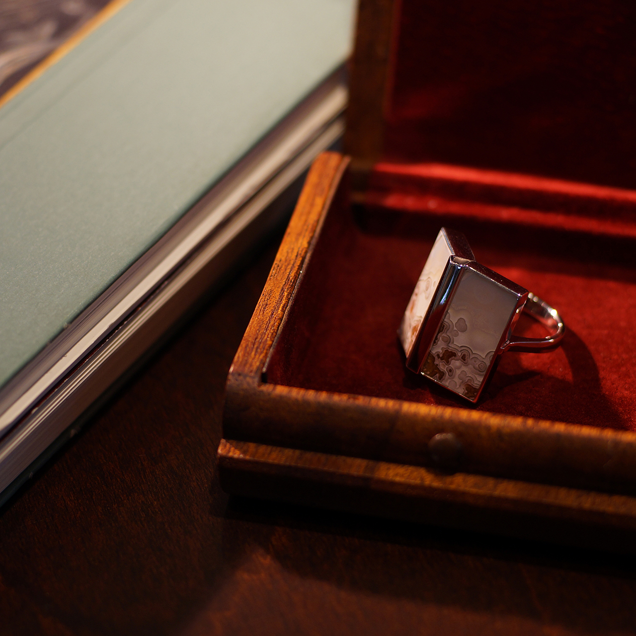 K18WG / リング / Picture book ring