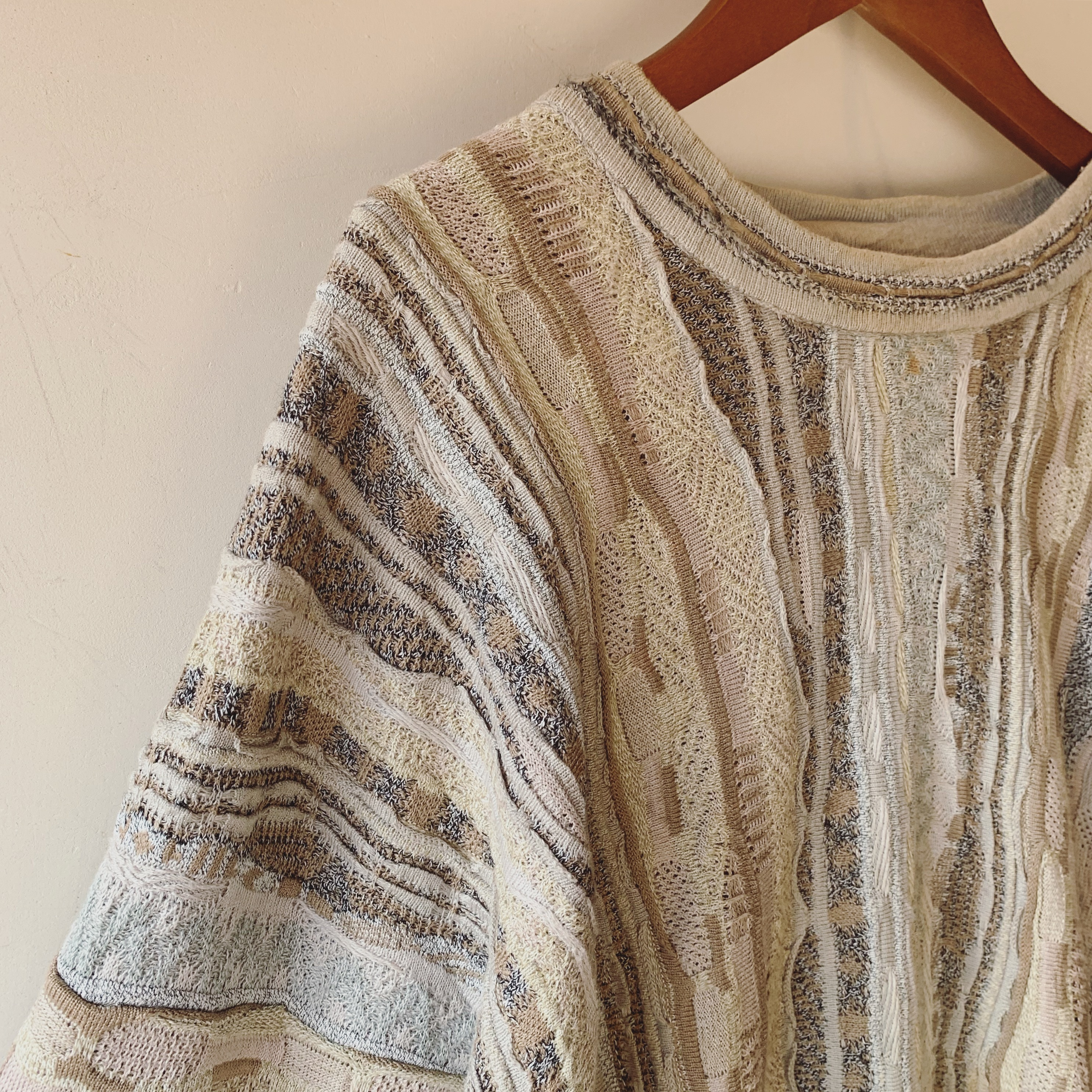 vintage 3D knit sweater
