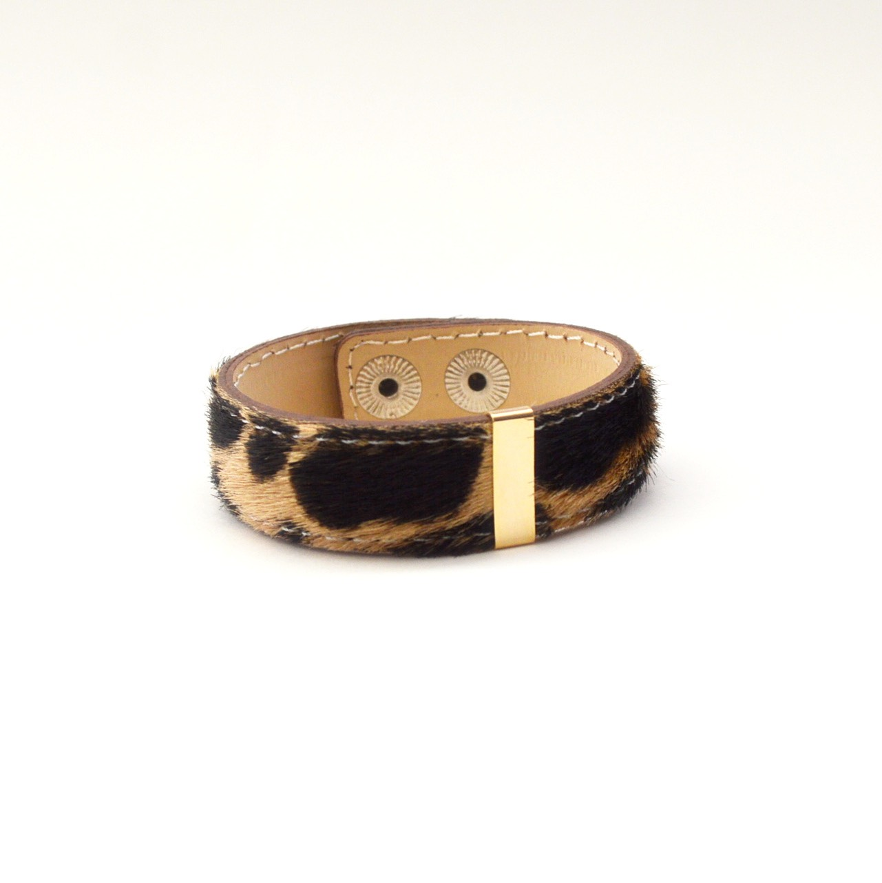 Harako Leather Bangle(Giraffe)