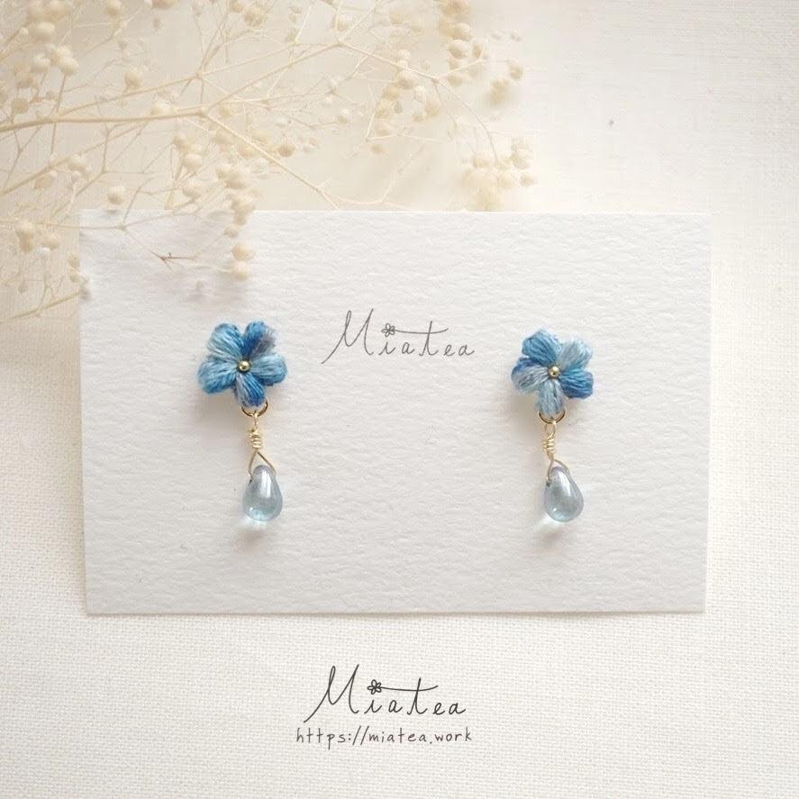 一粒花とガラスのしずく「海の中」*刺繍糸のお花のピアス・イヤリング