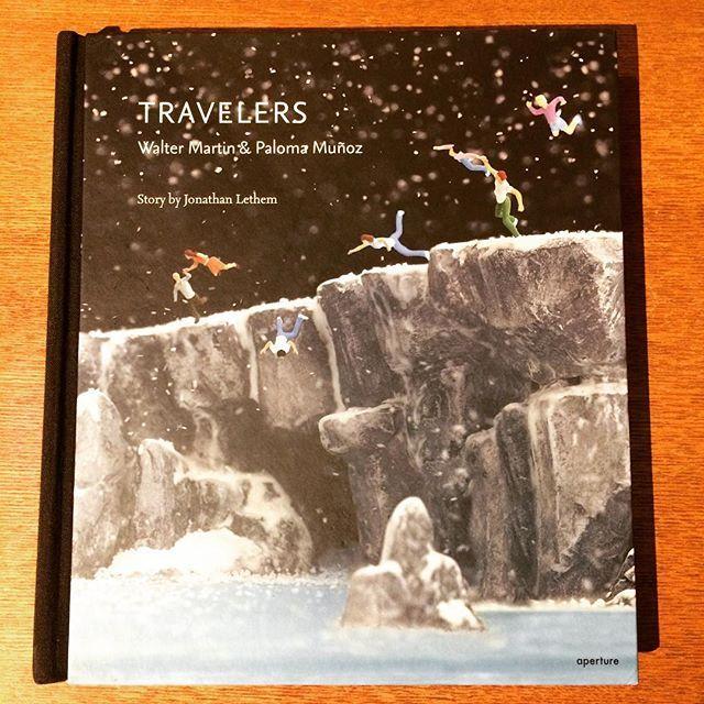 アートの本「Travelers/Walter Martin & Paloma Munoz」 - 画像1