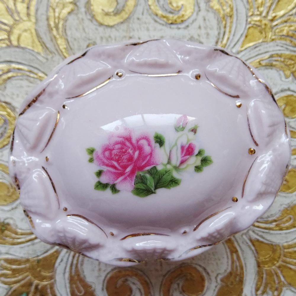 チェコ ピンクポーセリン 薔薇のジュエリーケース