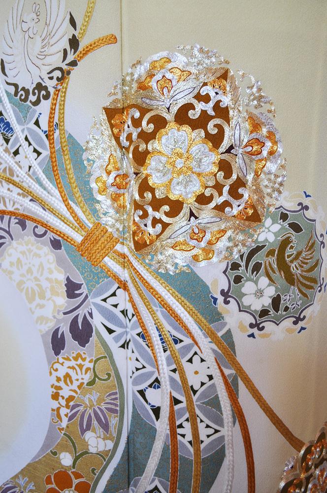 レンタル色留袖■高級加工■鮮やかな黄色地に金彩刺繍で熨斗目 花輪005【往復送料無料】 - 画像4