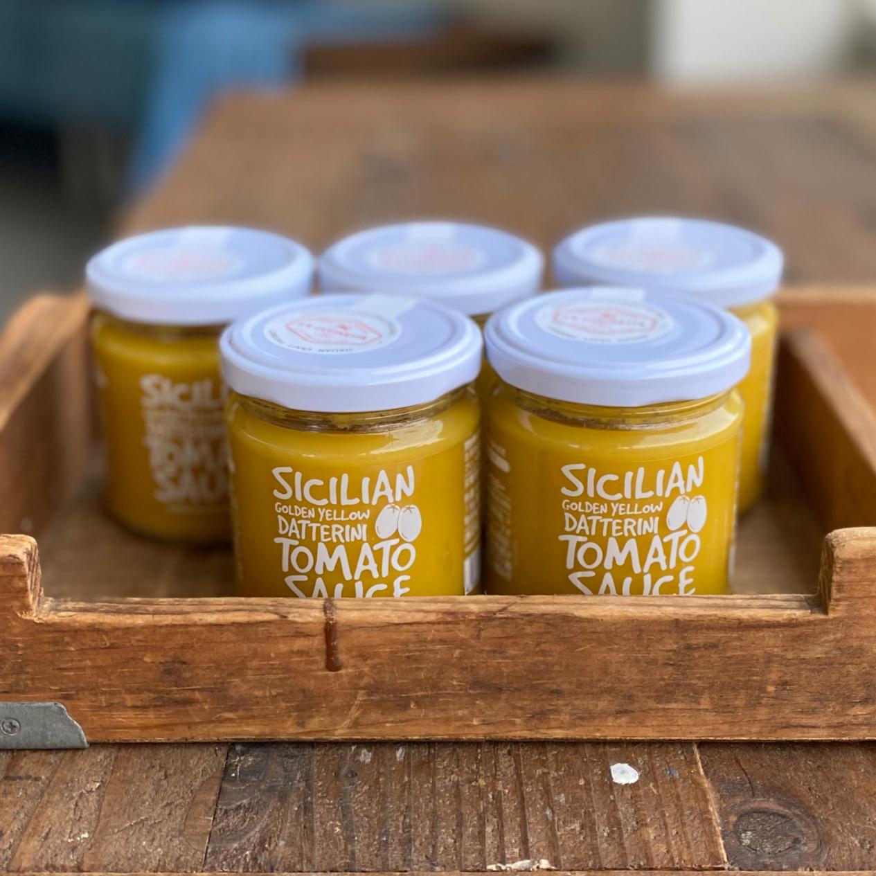シチリアのゴールデンイエロートマトソース