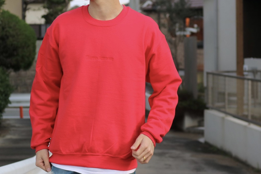 【2/12 21:00 販売開始】ThreeArrows刺繍SWEAT (red)