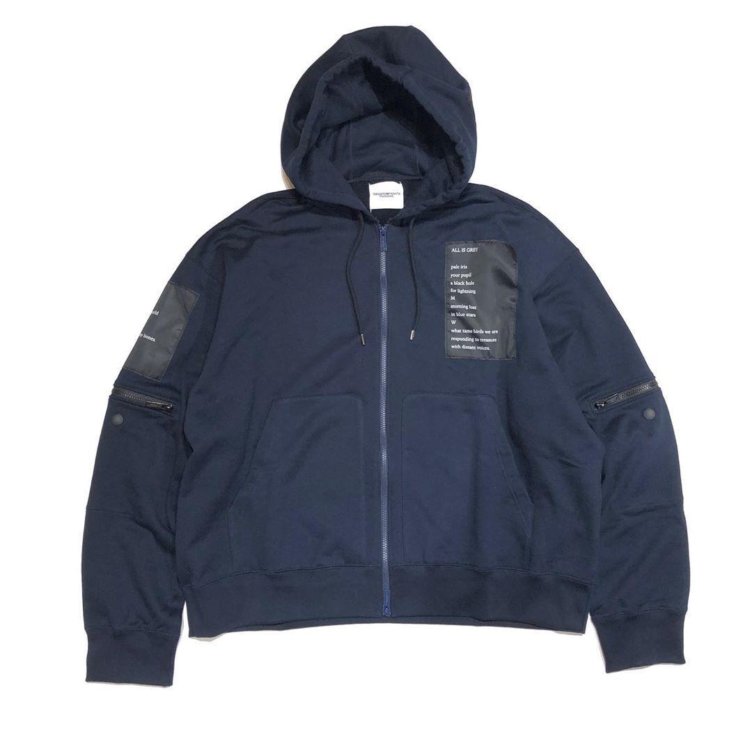 sc.0049AW19 oversized fulll zip hoodie.