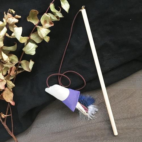 猫が飛びつくおもちゃ(紫×ホワイトベージュ)