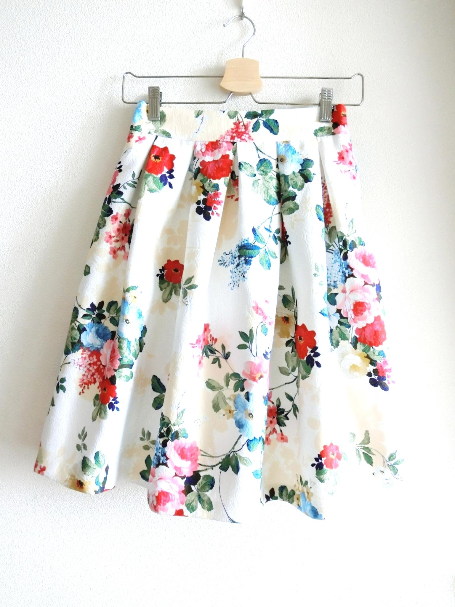 ロマンチックフラワースカート オフホワイト