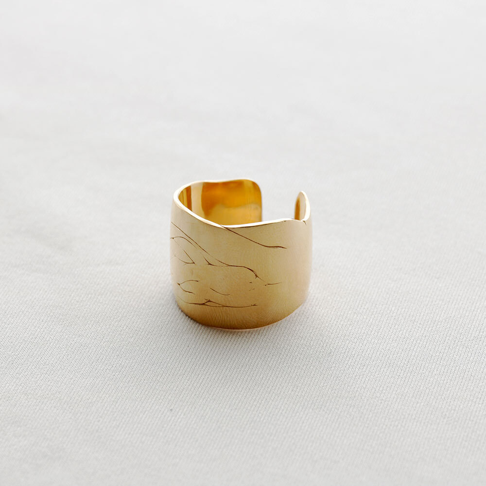 moments / wide ring - L (gold)