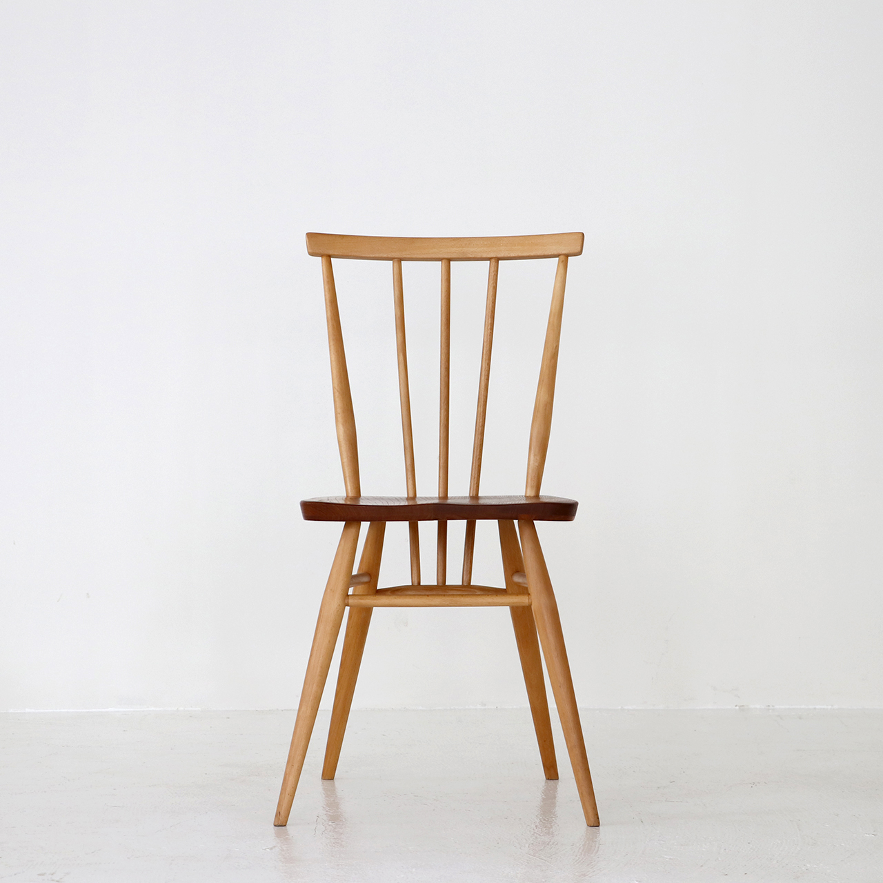 Stickback chair / Ercol