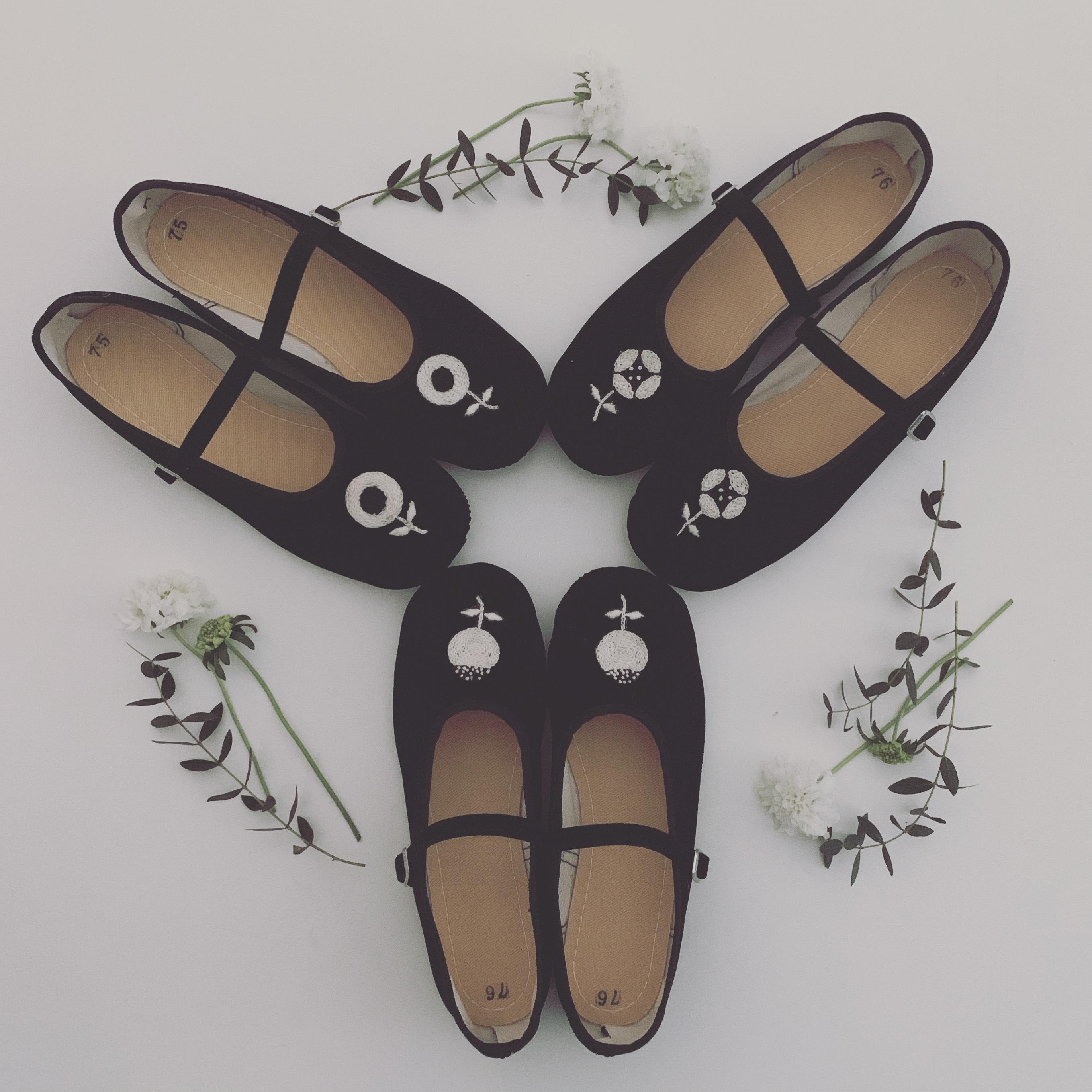 【受注販売】お花の手刺繍チャイナシューズ