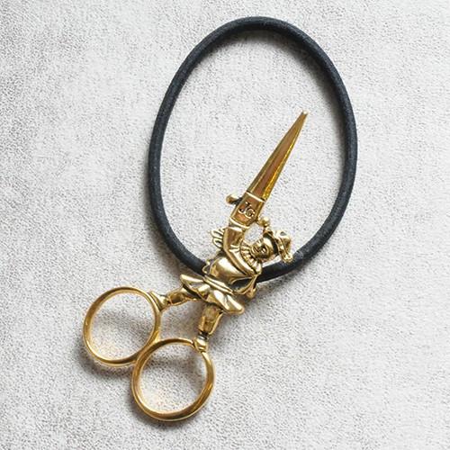 JGavec29 scissors gom A