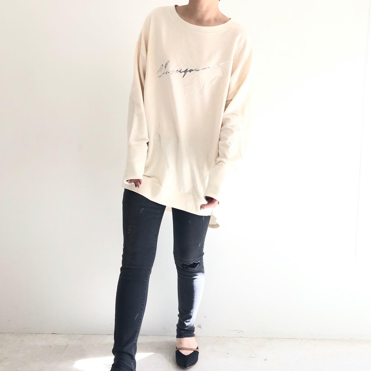 【 CHIGNONSTAR 】- 8692-366 - ロゴプリントTeeシャツ