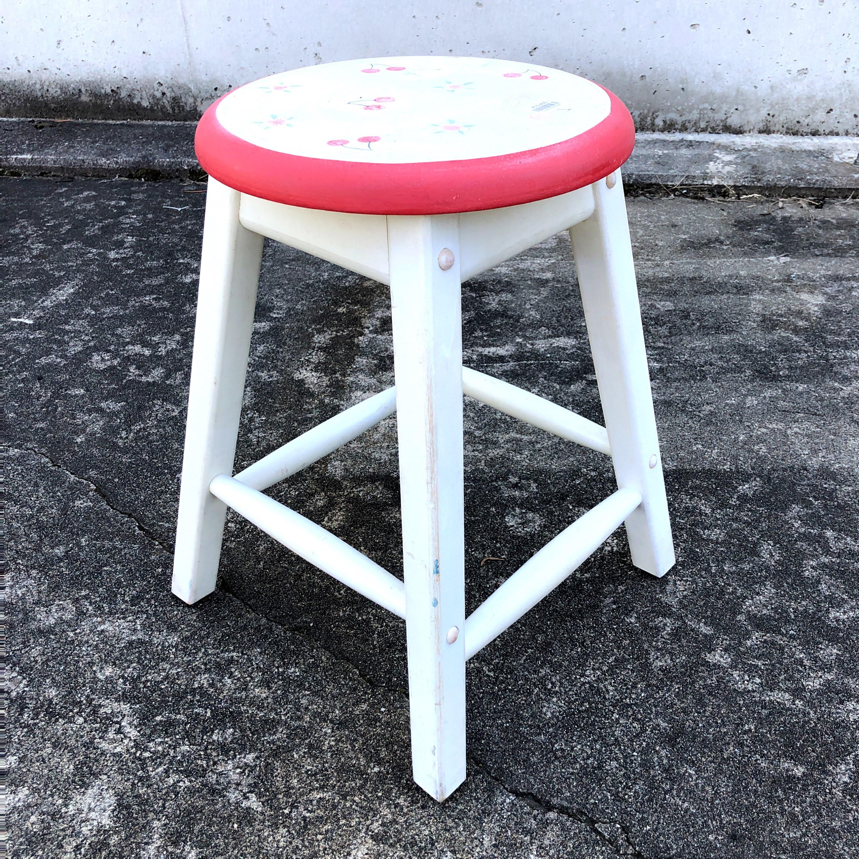 品番1964 スツール 丸椅子 木製 チェリー柄 ホワイト ヴィンテージ