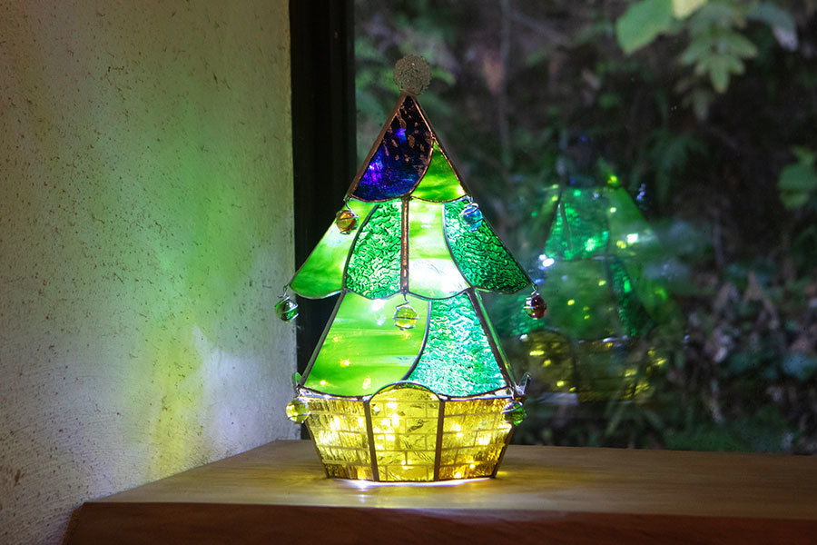 クリスマスツリー(ステンドグラスのツリー) 02140001